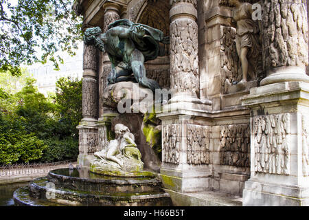 Medicis stock photos medicis stock images alamy - Fontaine jardin du luxembourg ...