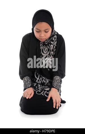 arena single muslim girls Muslimfriends is an online muslim dating site for muslim men seeking muslim women and muslim boys seeking muslim girls 100% free register to view thousands profiles to date single muslim.