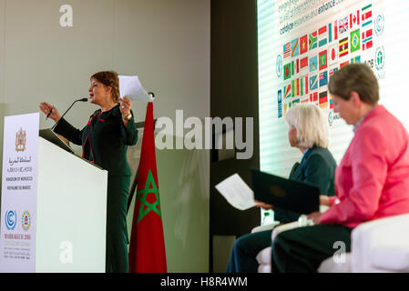 Marrakech, Morocco. 15th Nov, 2016. The Moroccan Minister of Environment Hakima El Haite speaks at the UN Climate - Stock Image