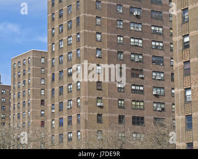 Apartment Building Ownership apartment rent sign usa stock photos & apartment rent sign usa