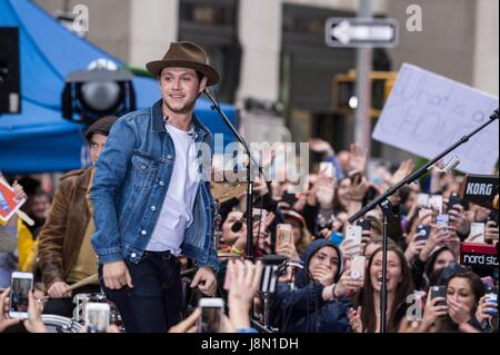 New York, NY, USA. 29th May, 2017. Niall Horan on stage for NBC Today Show Concert with Niall Horan, Rockefeller - Stock-Bilder