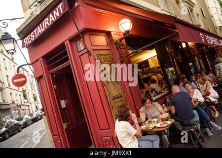 Belebt stock photos belebt stock images alamy - Restaurant butte aux cailles ...
