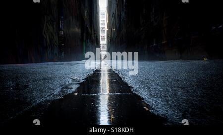 Urban grunge alleyway - Stock-Bilder