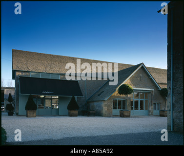 Fung stock photos fung stock images alamy - Garage moretton communay ...