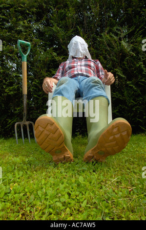 exhausted-gardener-ac7aw5.jpg