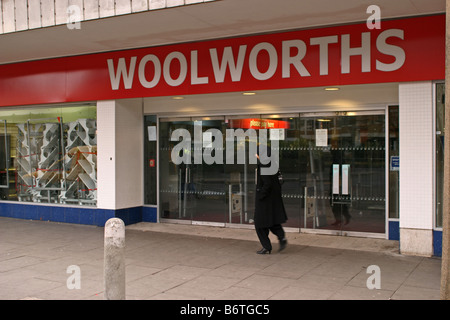 the demise of woolworths Woolworths limited - woolworths limited is a major australian company with extensive retail interest throughout australia and new zealand it is the second largest.