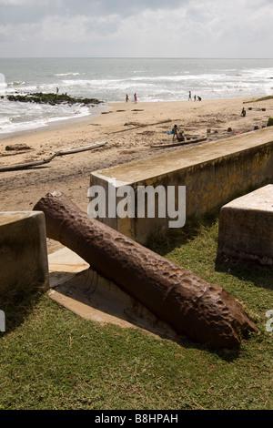 India Tamil Nadu Tranquebar Tharangambadi Danish colonial coastal fort old rusting cannon - Stock Image
