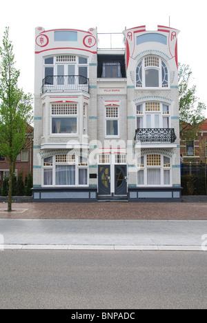 jugendstil villa stock photos jugendstil villa stock images alamy. Black Bedroom Furniture Sets. Home Design Ideas