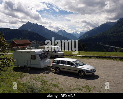 Caravan stock photos caravan stock images alamy for Camel motors on park and ajo