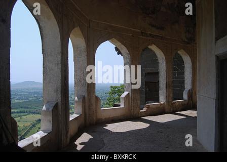 Baradari (palatial building) , Daulatabad Fort, Aurangabad, Maharashtra, India. The Baradari, octagonal in shape. - Stock Image
