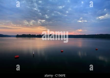 sunset-at-the-cedar-lake-shawnee-nationa