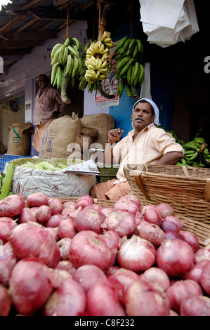 vegetable market s pollution Usda (the us department of agriculture) measures residue levels for hundreds of pesticides and their metabolites in fruits, vegetables, grains, meat, and dairy products from across the country and food imported from other countries.