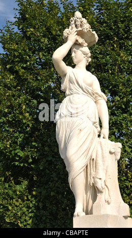 Woman Marble Statue Stock Photos Woman Marble Statue Stock Images Page 3 Alamy