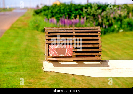 Close Up Of Red Mailbox Stock Photos & Close Up Of Red Mailbox Stock Images - Page 2 - Alamy