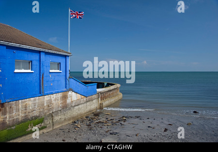 Blue flag beach stock photos blue flag beach stock images page 4 alamy for Swimming pool west end glasgow