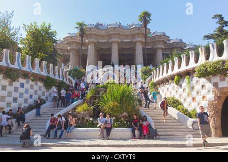Parc stock photos parc stock images page 10 alamy for Barcelona jardin gaudi