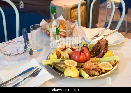 Ouzo stock photos ouzo stock images alamy for Apollon greek and european cuisine