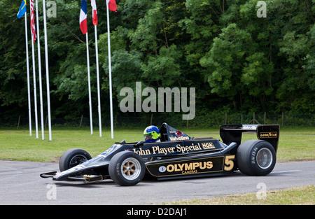 Classic grand prix car stock photos classic grand prix car stock images page 10 alamy - Garage mercedes bressuire ...