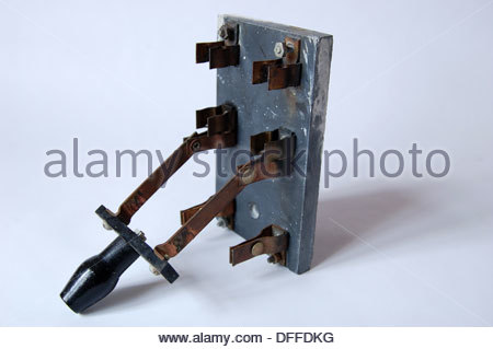 fuse stock photos fuse stock images page 9 alamy closeup antique old electrical fuse box breaker switch brass disconnect slate base circa early 1900s electricity