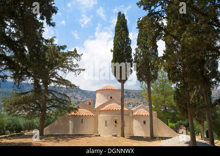 agios nikolaos latina women dating site An area for women, six chapels (agios nikolaos, agios baptistery dating back to the archaic temples have been built into the chapel of agios nikolaos.