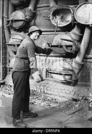 War Stock Photos & War Stock Images - Alamy