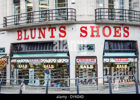Blunts Shoe Shop Leicester