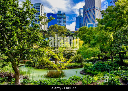 Greenery stock photos greenery stock images alamy for Garden pond melbourne