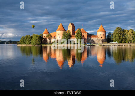 trakai-island-castle-fntbwr.jpg
