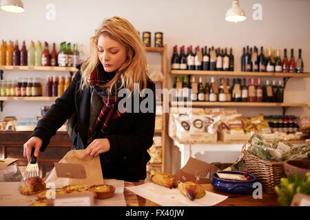 Deli Stock Photos Amp Deli Stock Images Alamy