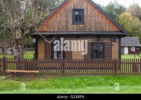 Bialowieza stock photos bialowieza stock images alamy - Traditional polish houses wood mastership ...