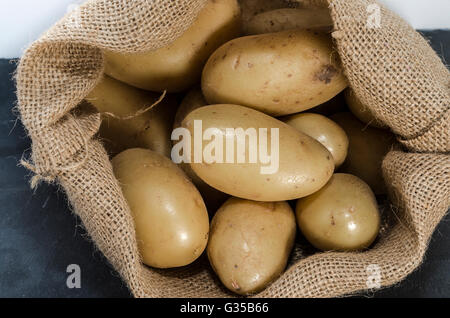 Comestible stock photos comestible stock images alamy - Pomme de terre germee comestible ...