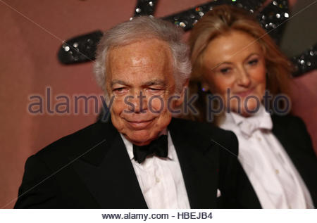 designer ralph lauren frvw  Designer Ralph Lauren L and his wife Ricky Anne Loew-Beer pose for