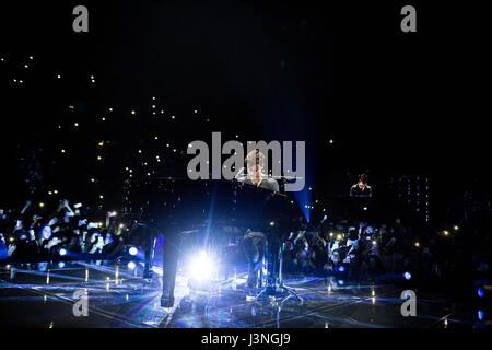 Shawn mendes stock photos shawn mendes stock images alamy for Assago beach forum