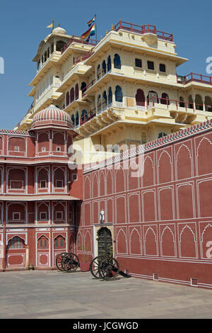 Ornate pink and yellow City Palace in Jaipur, Rajasthan, India. Home to the Maharajah of Jaipur. Initial construction - Stock Image